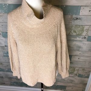 Free People crop length sweater size M